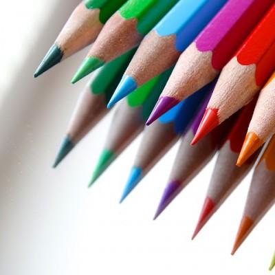 클래퍼 보드 모양의 3색 형광펜